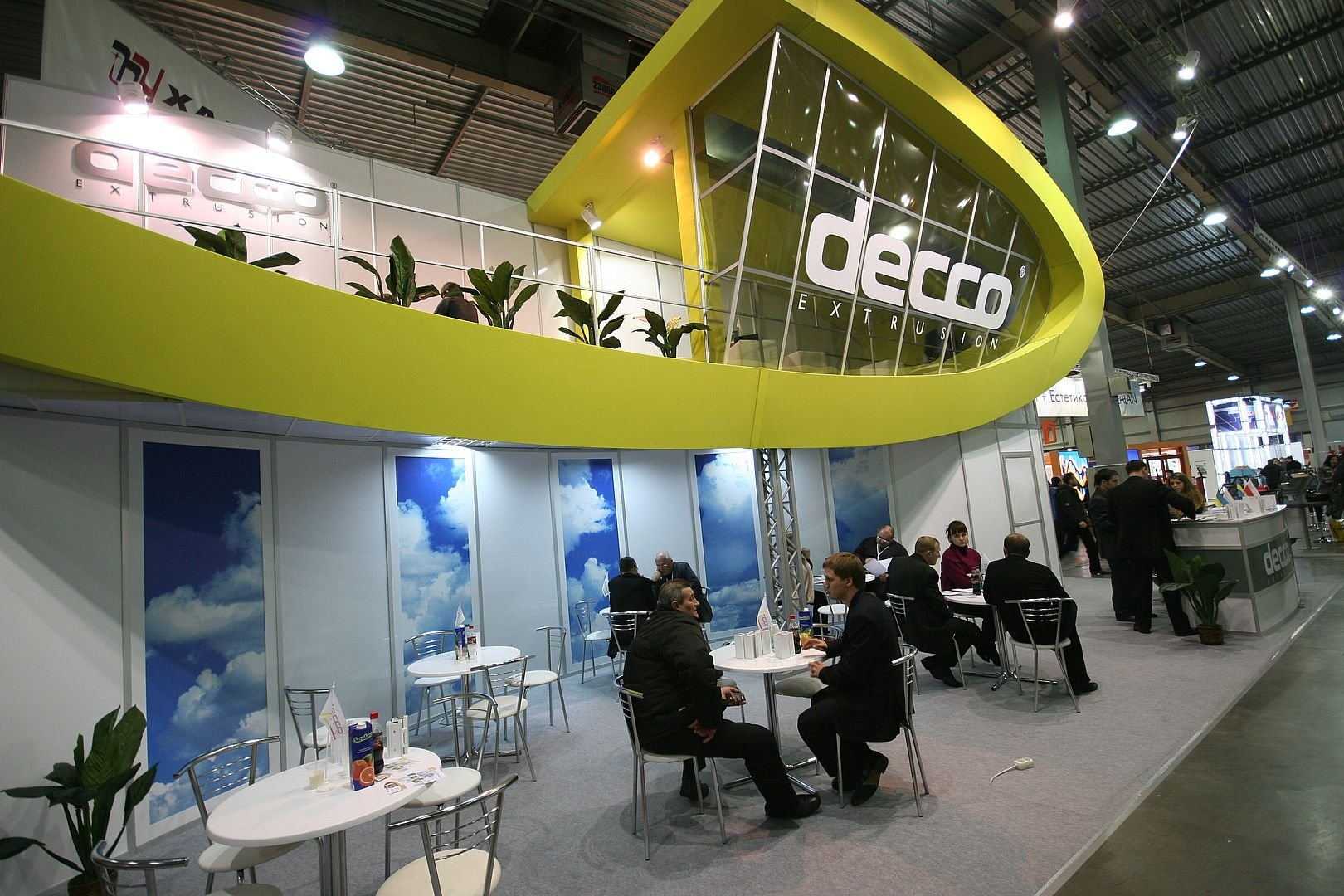 decco exhibition stand with meeting room