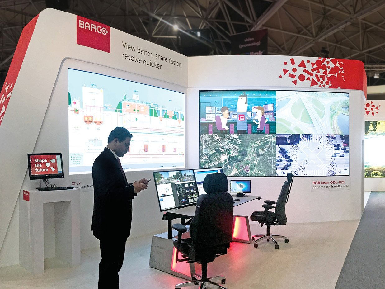 Выставочный стенд с Led-экранами для Barco на Integrated systems Europe в Амстердаме